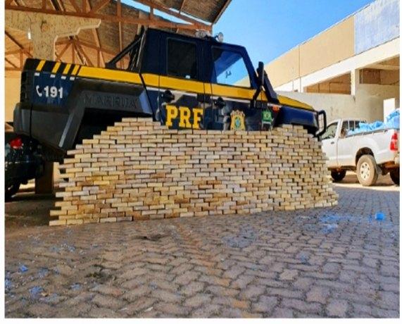 COCAÍNA: Empresário é preso com quase meia tonelada de droga