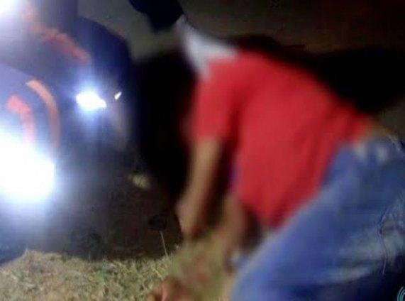 CASTIGADO: Assaltante é hospitalizado após mulher reagir roubo e população espancá-lo