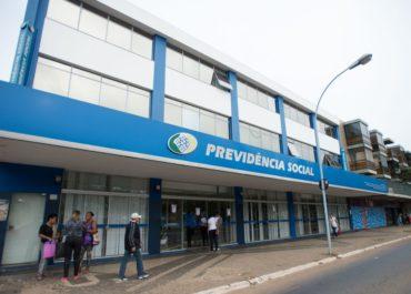 Polícia Federal deflagra operação para investigar fraudes no INSS