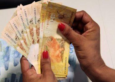 FUNCIONALISMO: Governo estimula economia com o pagamento do 13º salário no próximo dia 10