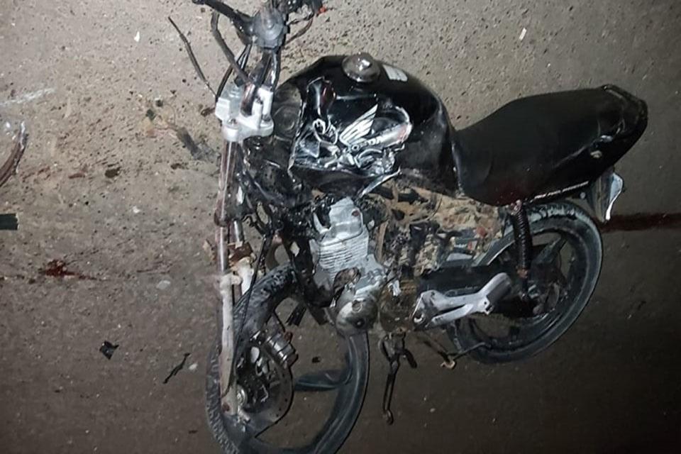 Jovem morre após ter a perna arrancada em colisão com carreta na RO-133