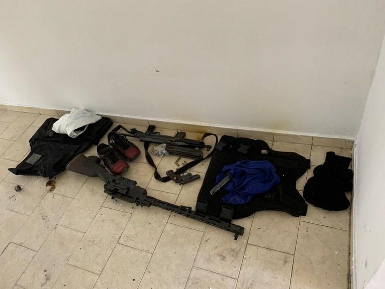 Polícia Federal desarticula grupo criminoso especializado em assaltos a bancos e carros-fortes