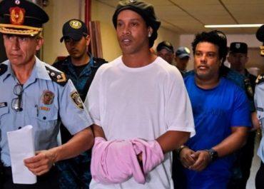 Ronaldinho Gaúcho pode deixar prisão nesta segunda-feira