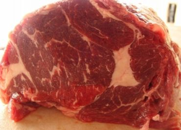DESVANTAGEM: Brasil recebe de 27% a 41% a menos pela carne bovina exportada
