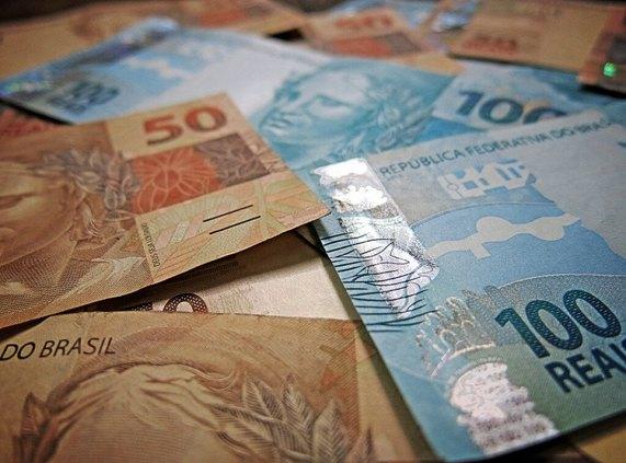 R$ 4.800: Ladrão invade casa e furta dinheiro que estava dentro de guarda-roupa em RO