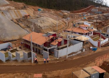 Pandemia causa atrasos nas obras de recuperação de Mariana