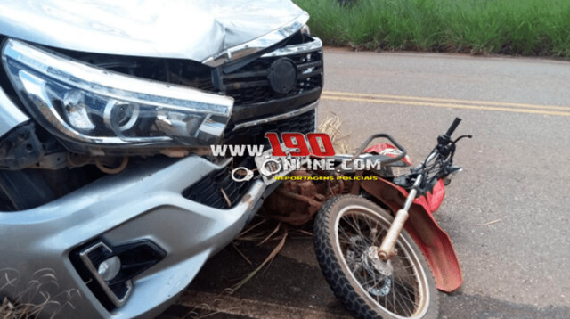 Motociclista morre após ser atropelado por caminhonete no interior de Rondônia