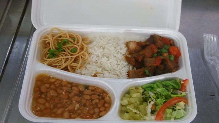 PRATO FÁCIL: Programa inicia atendimento com refeições a R$ 2 para famílias vulneráveis socialmente