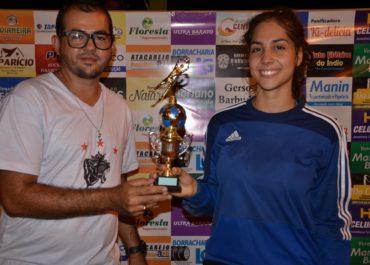 BURITIS: Equipe TBN ESPORTES fez entrega de troféu de Melhor Goleira Feminino.